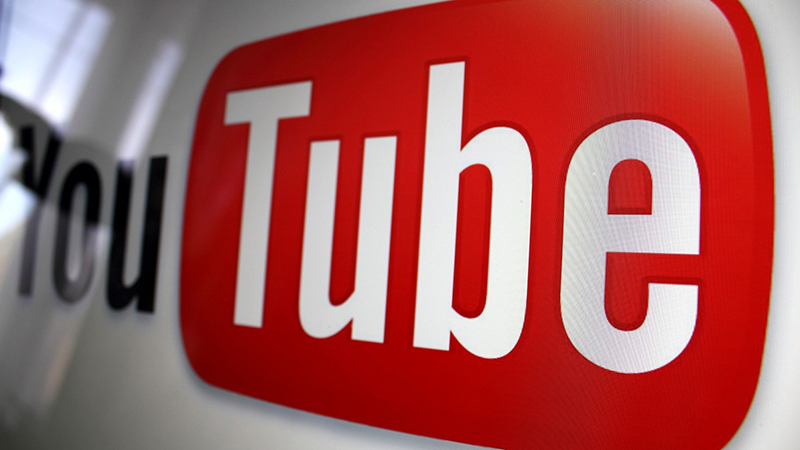YouTube Logo © Google Inc